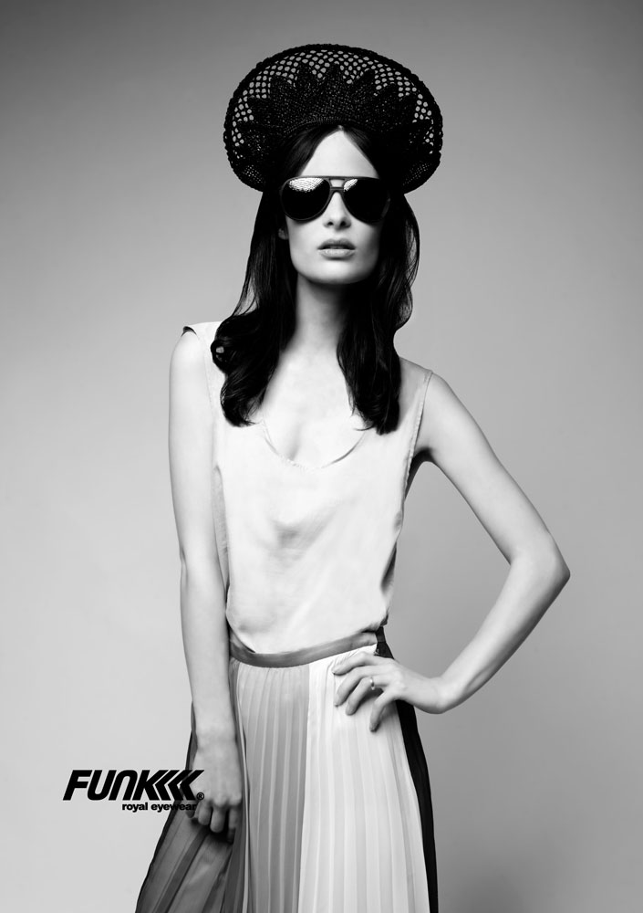 Funk-Eyewear_anna czilinsky_optixagency 04